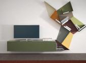 Composizione-mobile-soggiorno-con-scaffali-in-metallo-colorati