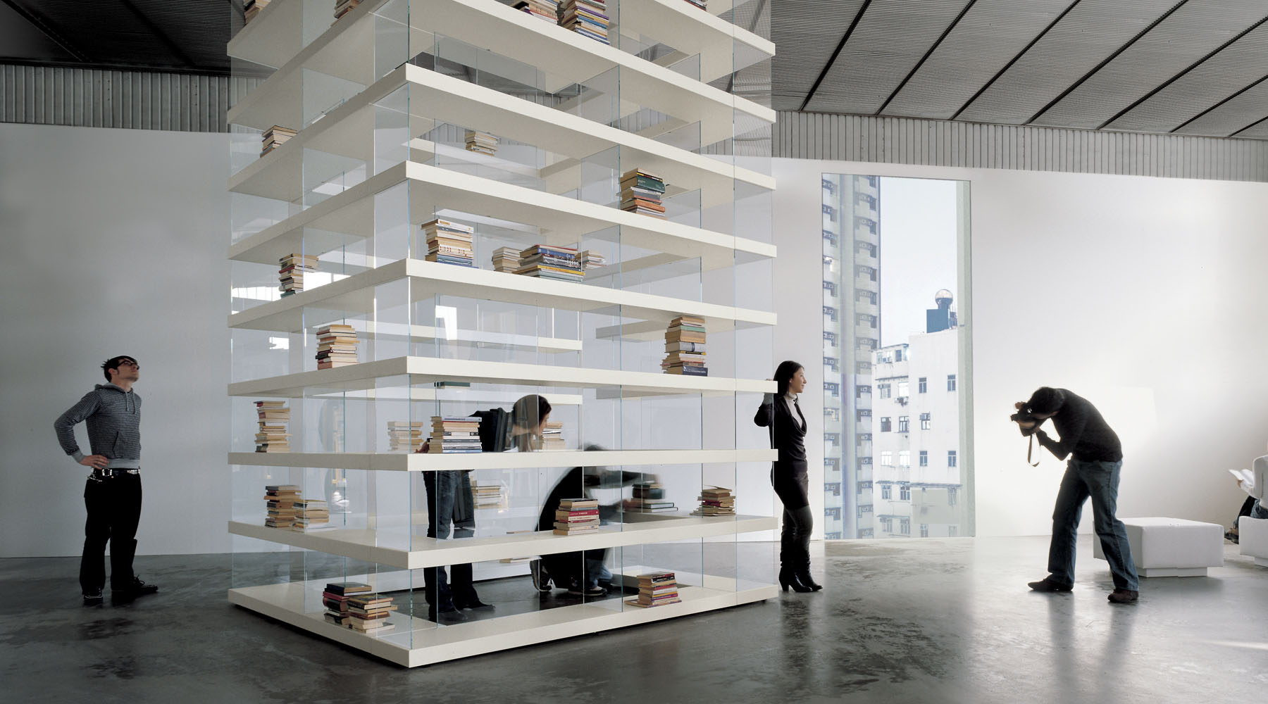 Delfanti arredamenti air shelf storage for Libreria lago air