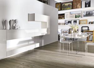 soggiorno-di-design-bianco-mobili-366e8-e-tavolo-sospeso